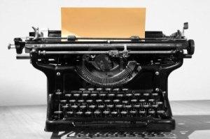 9549198-vieille-machine-a-ecrire