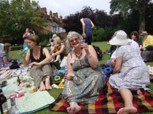 52 picnic Hilary