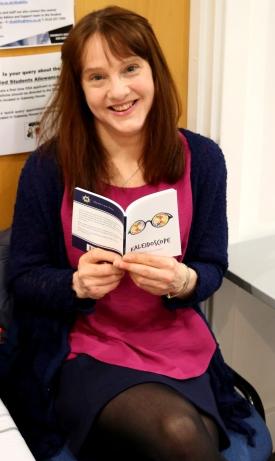 Sarah-Leavesley-with-book