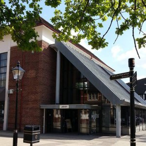 Droitwich library