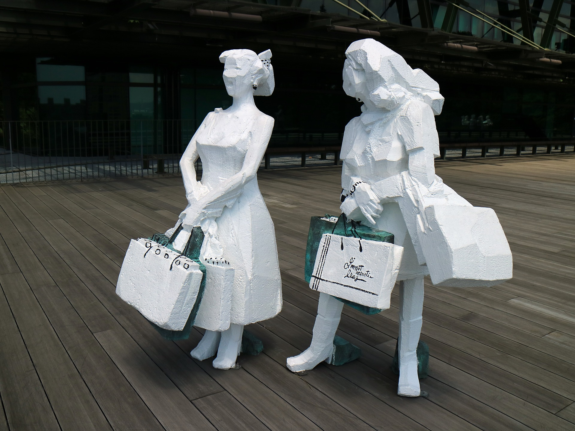 shopping-2518248_1920